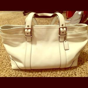 Coach large white purse in excellent condition.